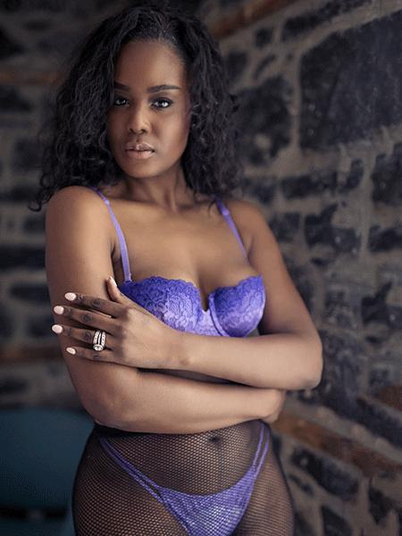 MG Boudoir Photographie - élégance - désir - amour - haut de gamme - beauté - naturelle - lingerie